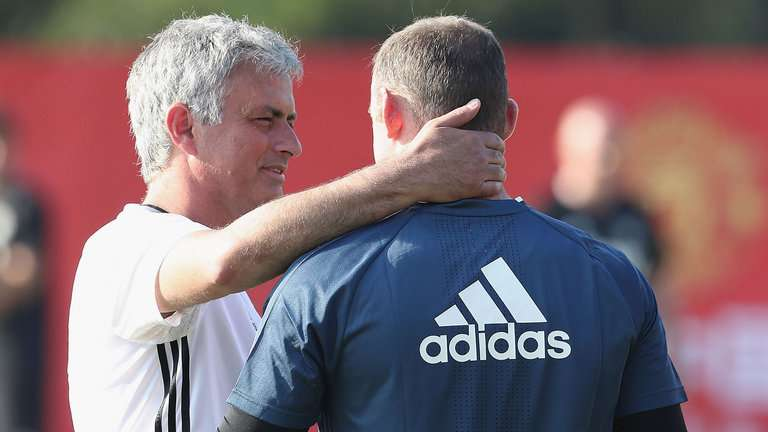 Write Wayne Rooney off at your peril – Manchester United skipper will make mugs of critics