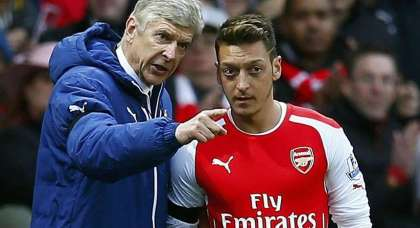 Ozil, Sanchez and Lacazette need to click now for fragile Arsenal