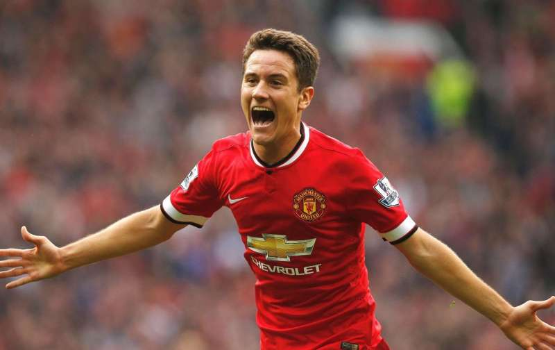 Footballers on social media:- Manchester United heroes past and present, Ander Herrera and Paddy Crerand take centre stage
