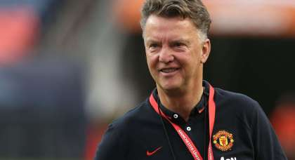 VIDEO: Is this the moment Louis van Gaal was inspired to sing to reporters?